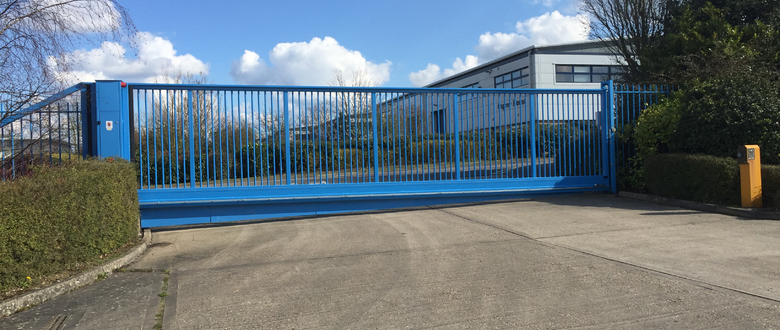 Para- G series sliding gate, vertical bar | Automatic Sliding Gates up to 24m